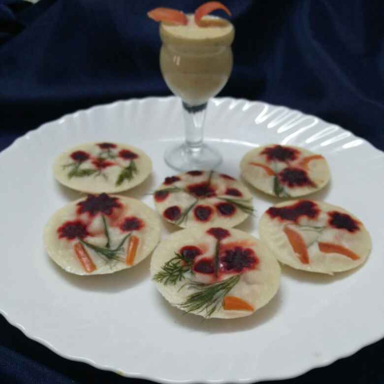Photo of Colourful healthy vege idli with coconut chutney by Chavi Gupta at BetterButter