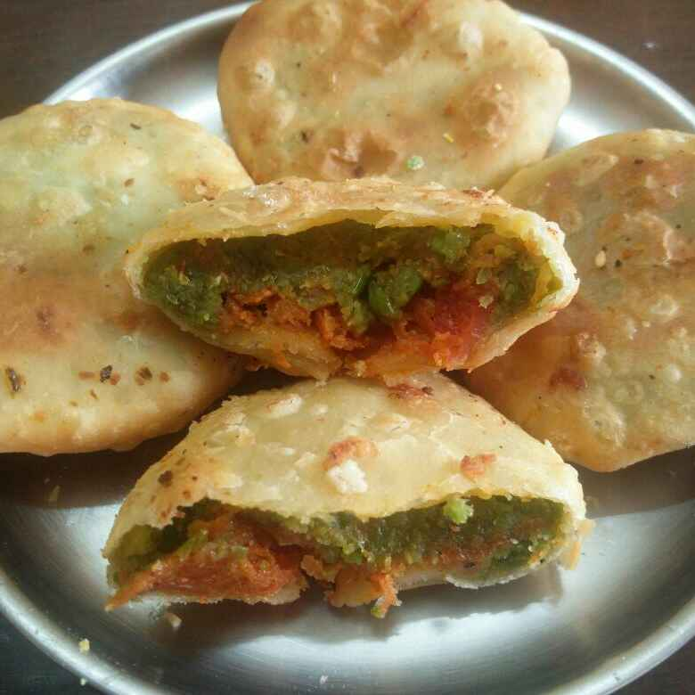 Photo of GREEN red kachori jara hatke by Chayya Bari at BetterButter