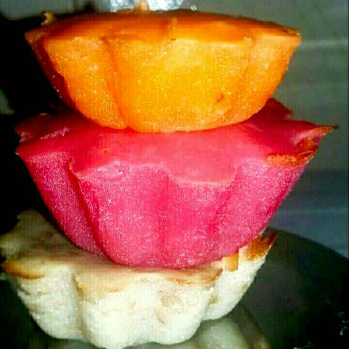 Photo of Baked yoghurt cupcake by Aarti Nijapkar at BetterButter