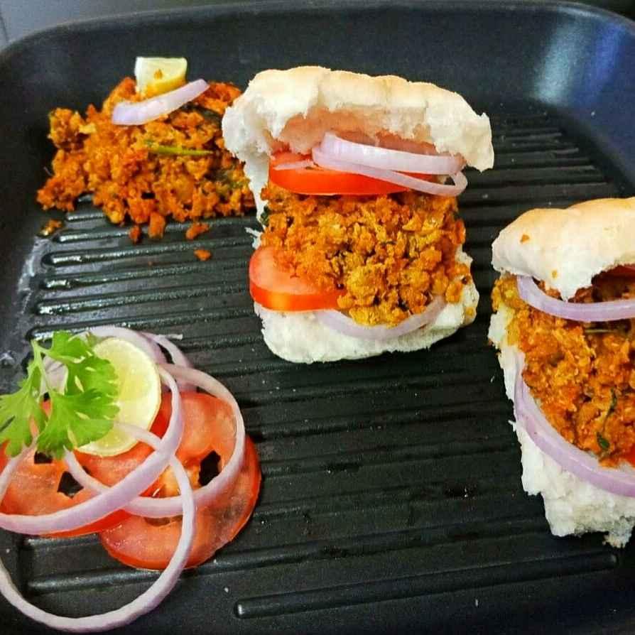 Photo of Grilled Bhurji Paav by Aarti Nijapkar at BetterButter