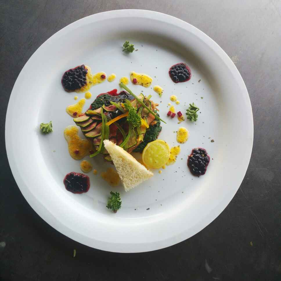 How to make Zuchini layered poached fish with beetroot caviar