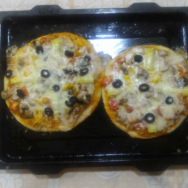 Photo of Mushroom Bell pepper Fresh Dough Pizza by Chetna Parikh at BetterButter