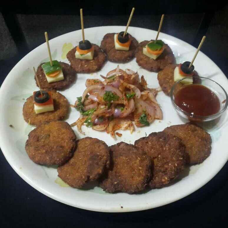 Photo of Kanda Puri (Onion Puri) by Chetna Parikh at BetterButter
