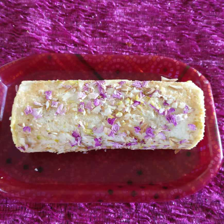 How to make Shrikand Swiss roll cake