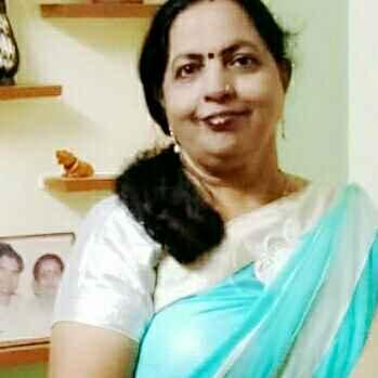Chhaya Goswami food blogger