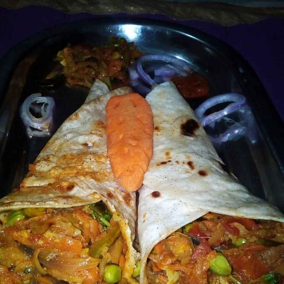 Photo of Veg rolls by Chinnaveeranagari Srinivasulu at BetterButter
