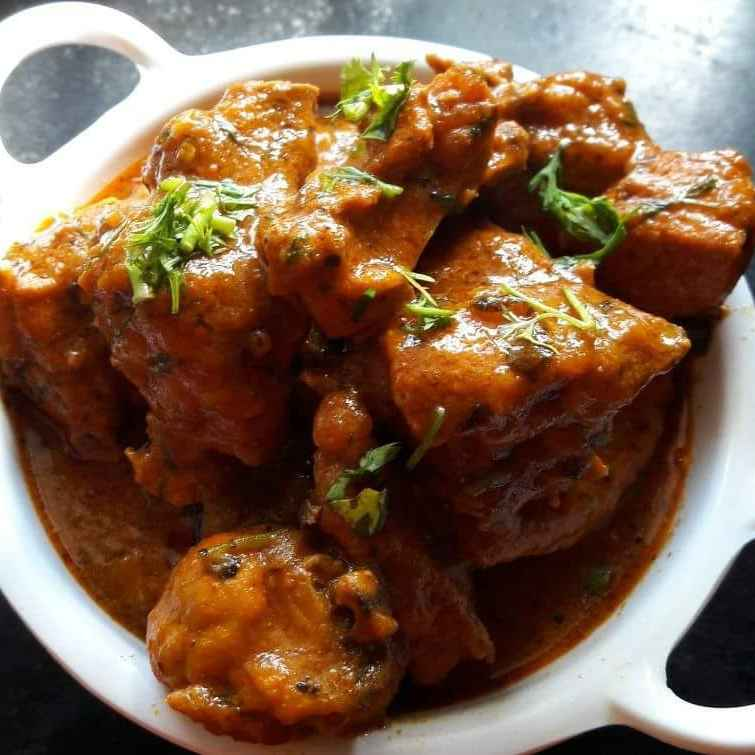 Photo of Dhaba style Chicken Curry by Debomita Chatterjee at BetterButter