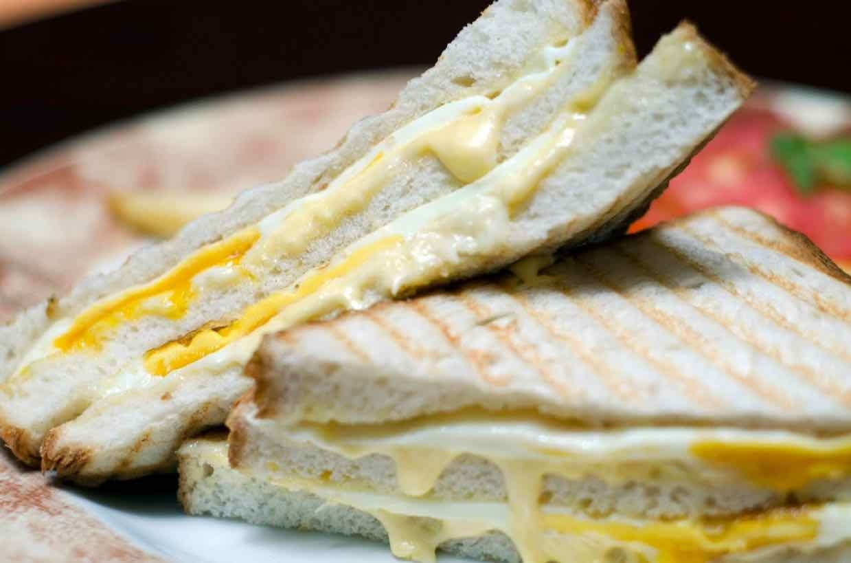 How to make cheese & egg sandwich