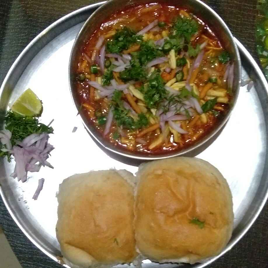 Photo of Misal Pav by Deepa Gad at BetterButter