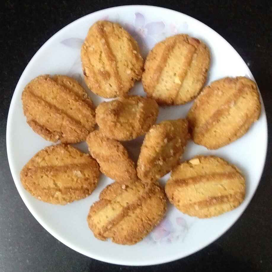 Photo of Wheat Flour Fried Biscuits by Deepa Gad at BetterButter