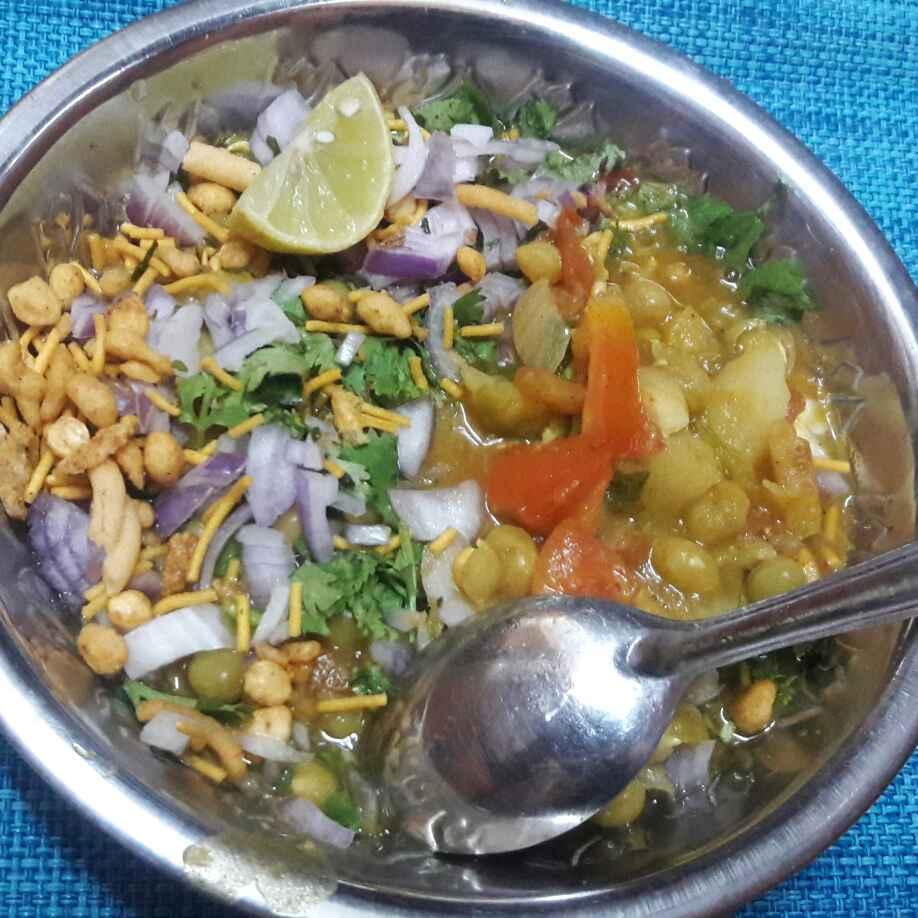 Photo of Peas Sundal chhat by Deepa Srivatsan at BetterButter