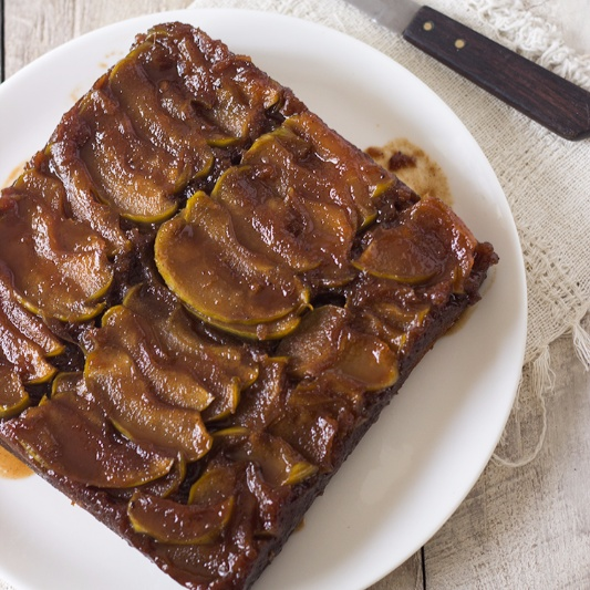 How to make Toffee Apple Upside Down Cake
