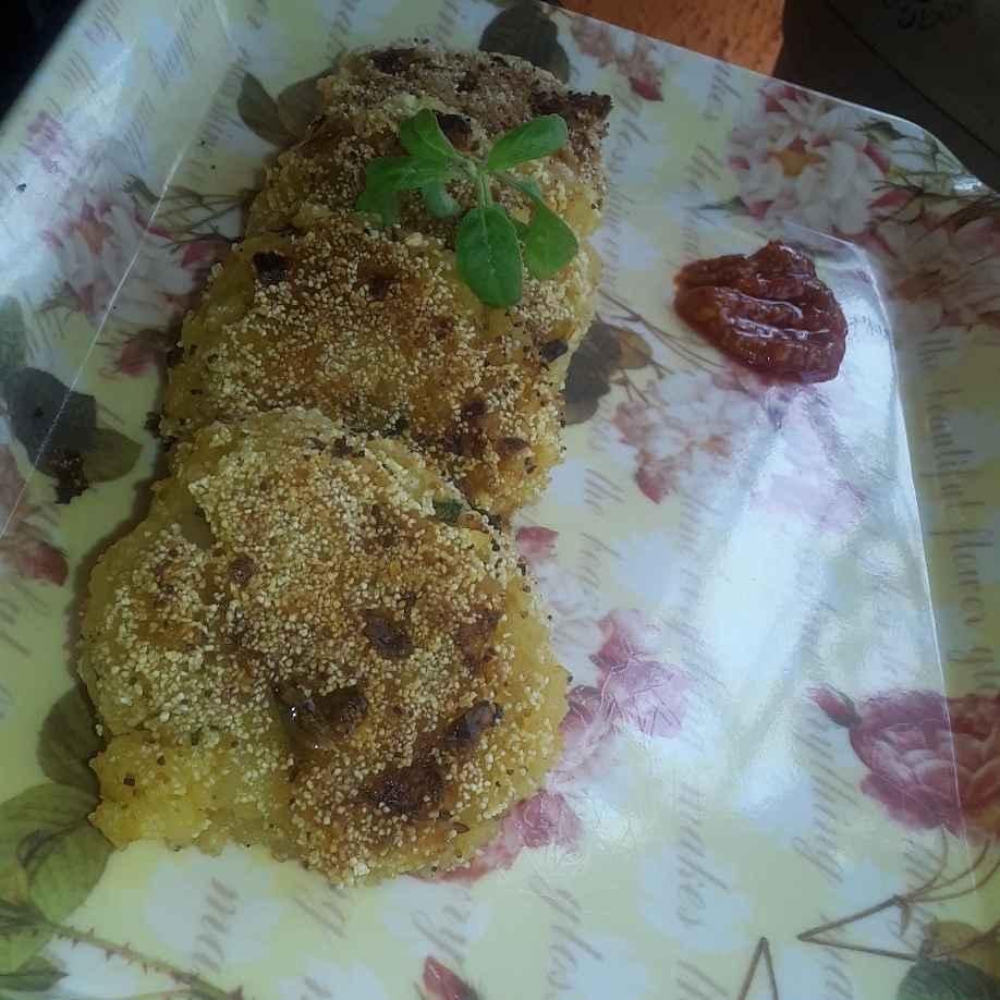 Photo of Potato veg cutalet by Deepasha Pendurkar at BetterButter