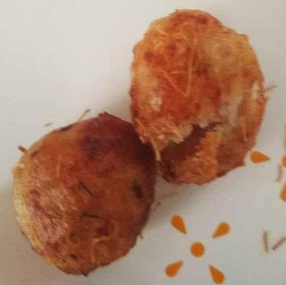 How to make దాల్ రైస్ చిస్ బాల్స్