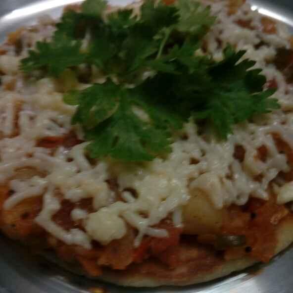 How to make Potato pizza baked on tawa