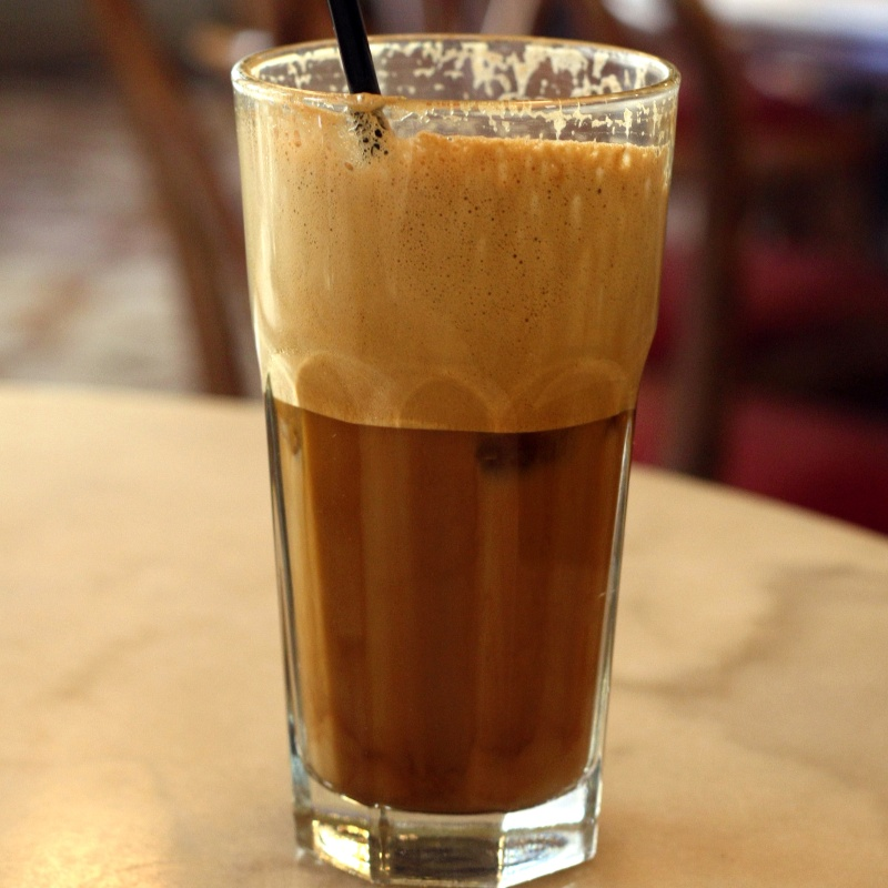 How to make ग्रीक कॉफी (फ्रॅपे)