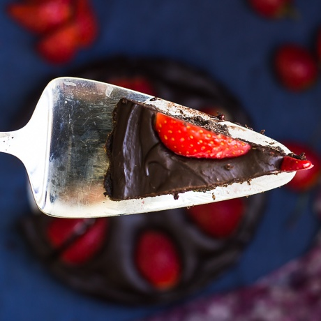 Photo of No Bake Chocolate Strawberry Tart by Deepali Jain at BetterButter