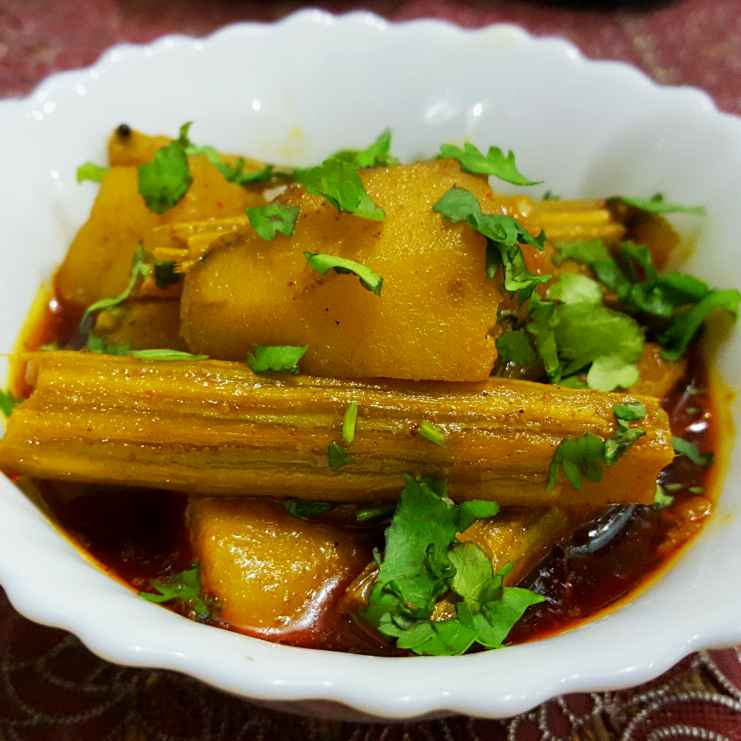 Photo of Potato and drumsticks curry by debashri chatterji at BetterButter
