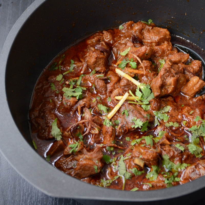 How to make Gosht Durbari (Lamb Curry slow cooked with Yoghurt, Fried Onions and Spices)