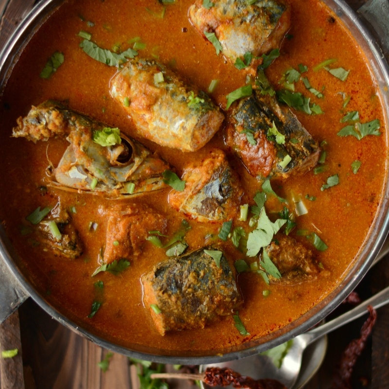 How to make Maharashtrian Bangdyache Ambat Kalwan (Spicy Mackerel Curry with Coconut and Tamarind)