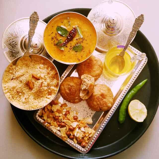 How to make Rajasthani Daal Bati Churma