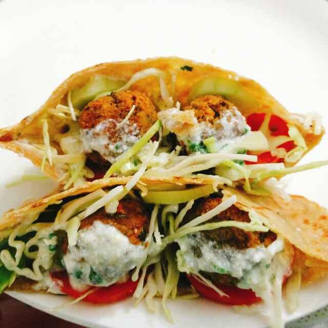 Photo of Helthy falafel sandwich bhakhari pita bread ke sath by Dhara Shah at BetterButter