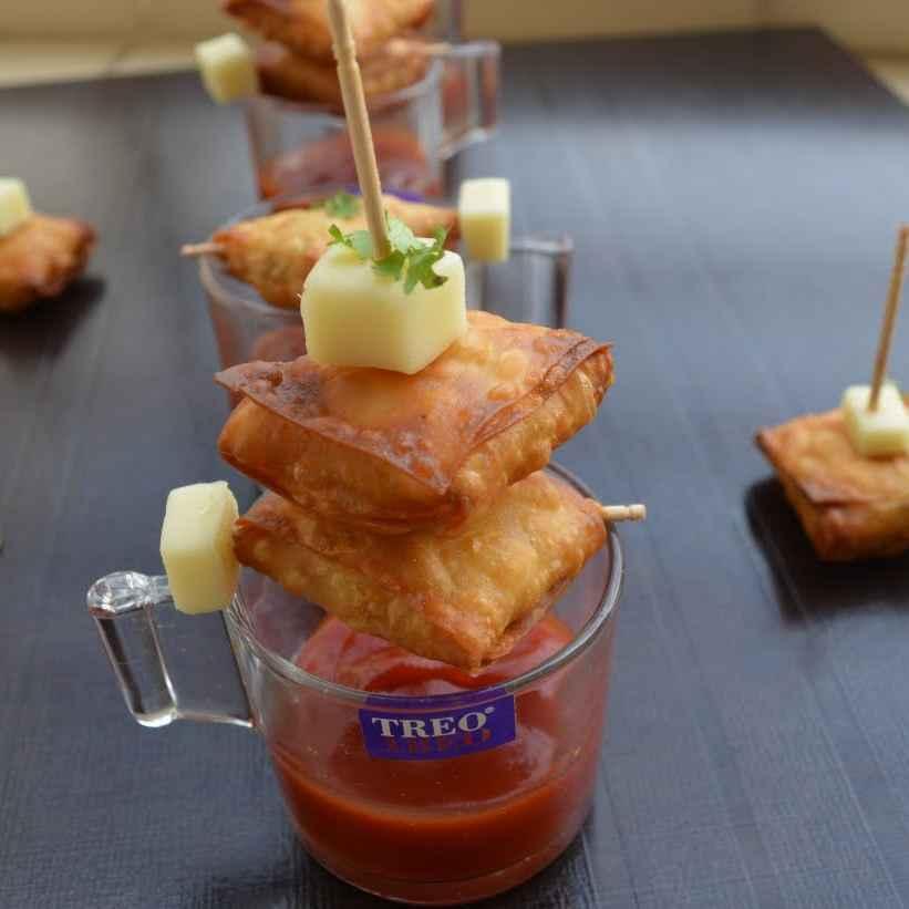 Photo of Crispy cheesy samosa by Dhara Shah at BetterButter