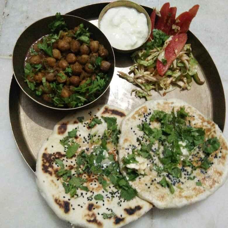 How to make Amritsari panner kulcha with chole