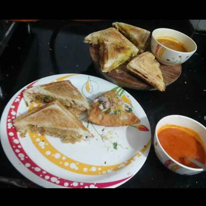 How to make Madrasi sandwich and Samosa sandwich