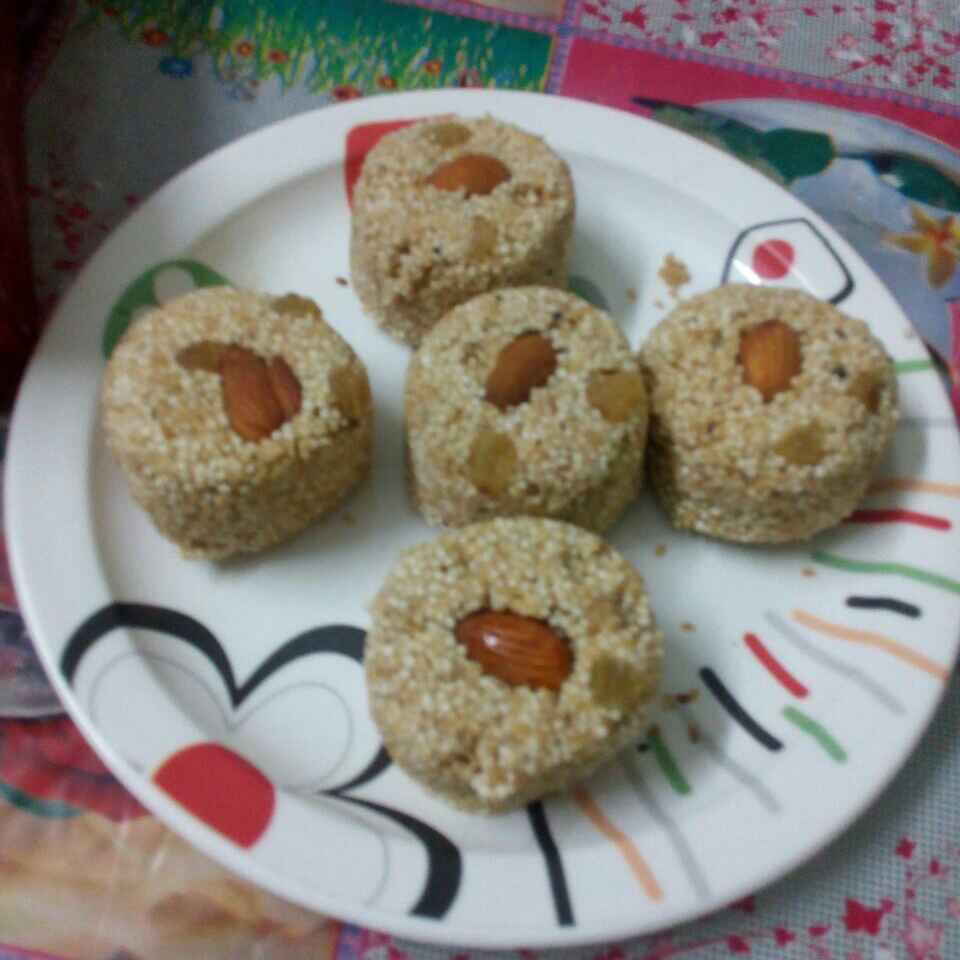 How to make Oats dry fruits laddo