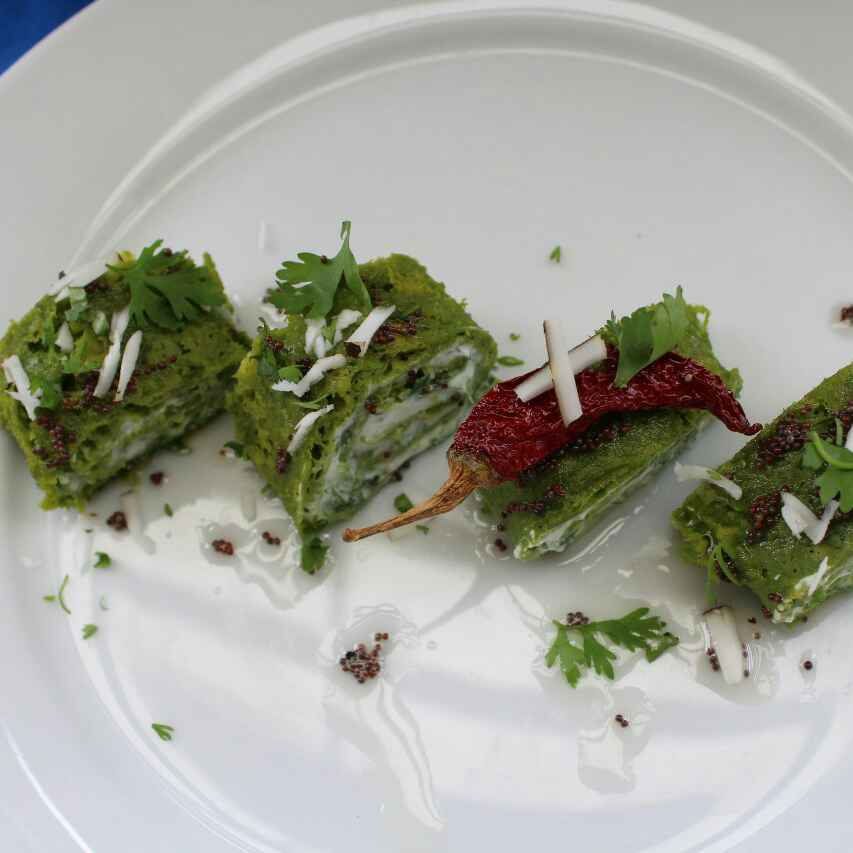 How to make Spinach Dhokla Roll Ups