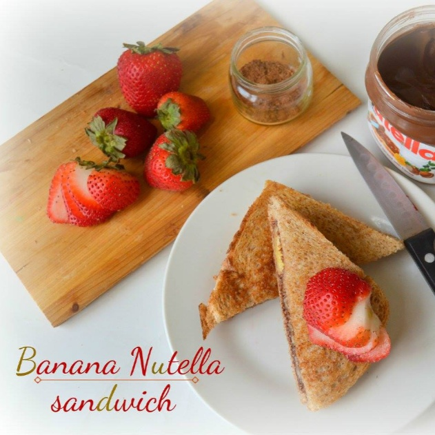 How to make BANANA NUTELLA SANDWICH