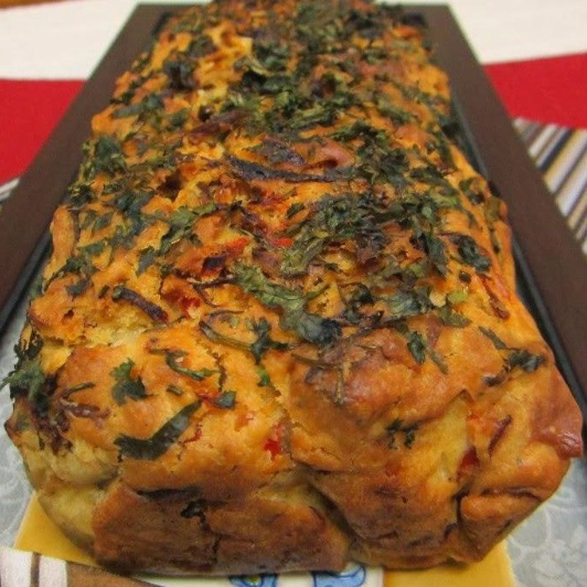 How to make Savory Loaf Cakes: Cheese, Cashewnut and Bell Pepper Cake
