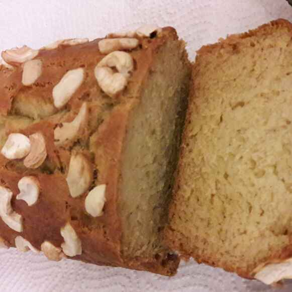 Moist Banana Cake Recipe With Oil: Moist Banana Cake Recipe By Doteen Theodora At BetterButter