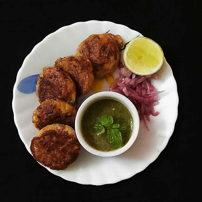 Photo of Dimer shammi kabab by DrAmita Debnath Das at BetterButter