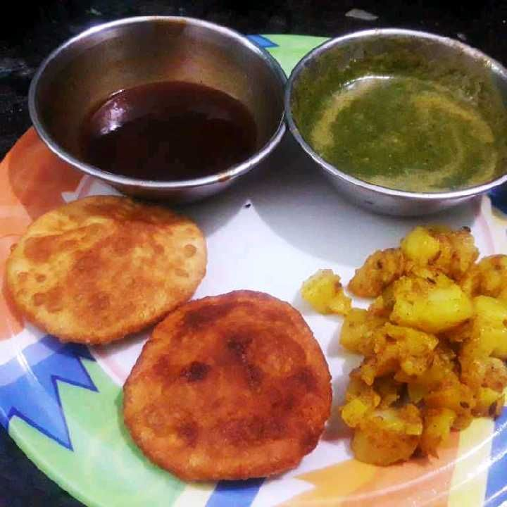 How to make MOONG DAAL KHASTA WITH DRY POTATO , SWEET CHUTNEY