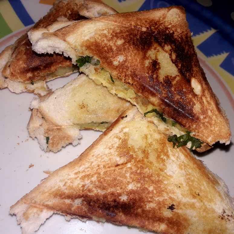 Photo of Aloo butter sandwich by Ekta Sharma at BetterButter
