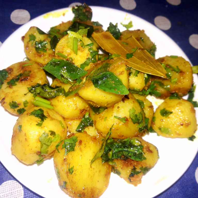 Photo of Safar me le jaane waale aaloo fry butter ke saath by Ekta Sharma at BetterButter