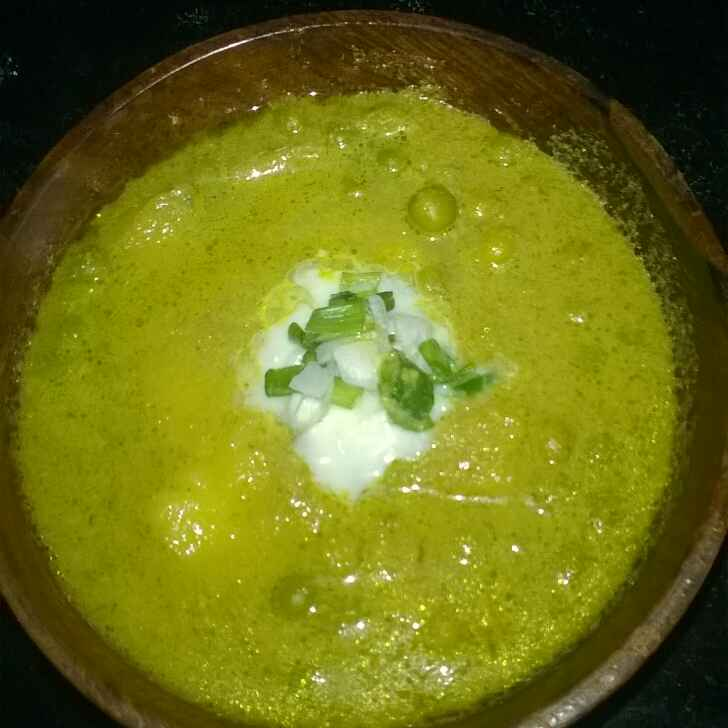 How to make Aloo Matar in Green Gravy