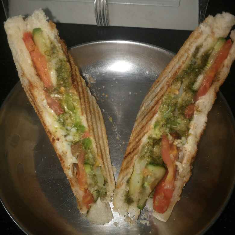 How to make Vegetable Cheese Sandwich