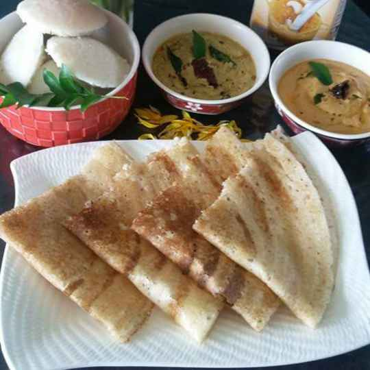 Photo of Idli dosa with chutneys by Faheema Delvi at BetterButter