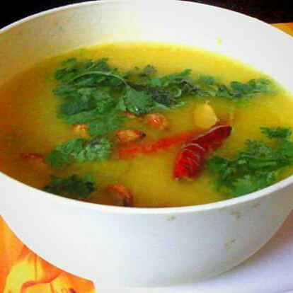 How to make Moong Daal With Lehsun Tadka
