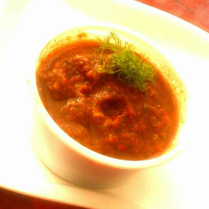 How to make Red Chilli And Tomato Chutney