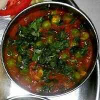 How to make Aloo Matar Curry