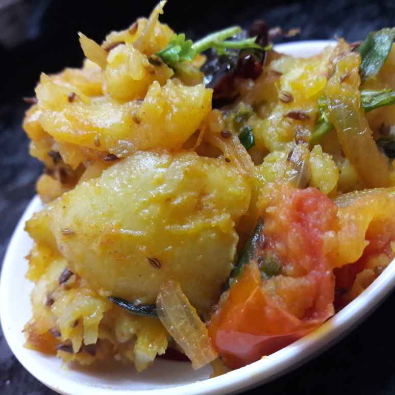 Photo of Potato spring onion curry by Fathima Beevi at BetterButter