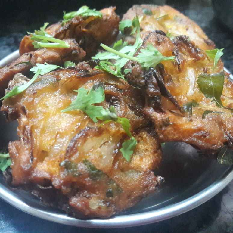 Photo of Onion vada by Fathima Beevi at BetterButter