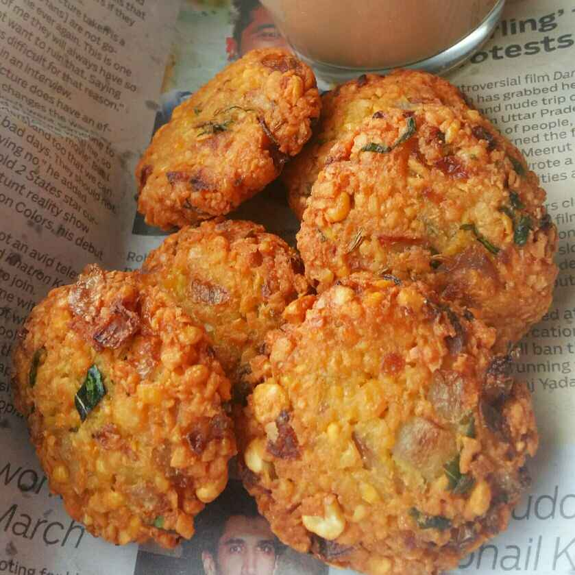 How to make Paripu vada or Dal fritters