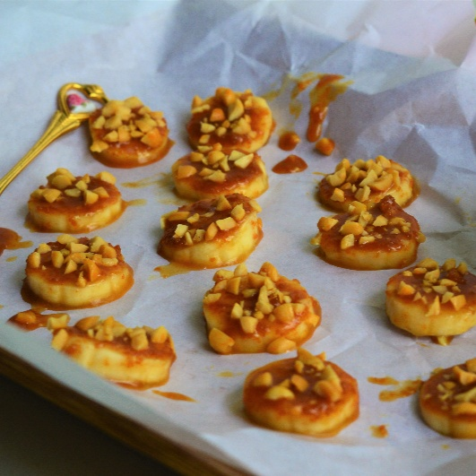 How to make Banana Caramel Bites
