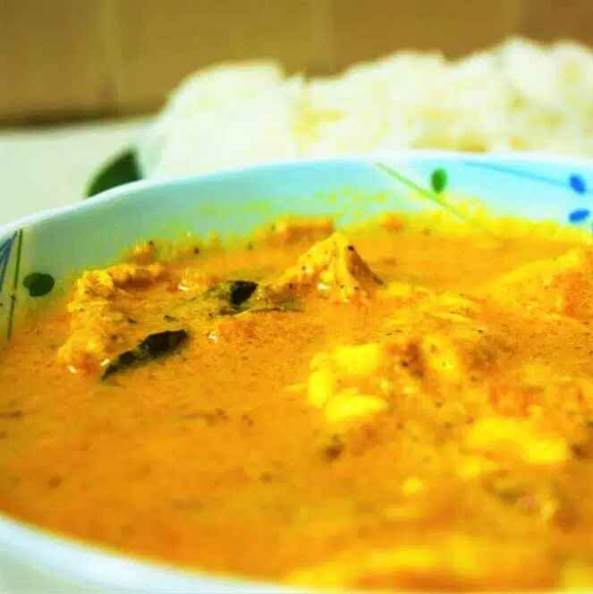 How to make Egg Coconut Curry