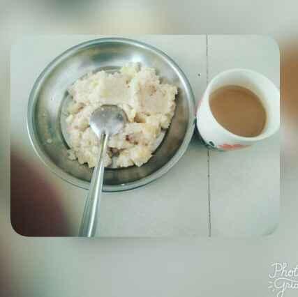 Photo of Upma with masala tea by foram Kotak paneri at BetterButter